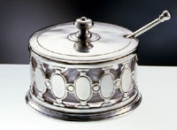 art. 51720 formaggiera/ grated cheese holder 11x9